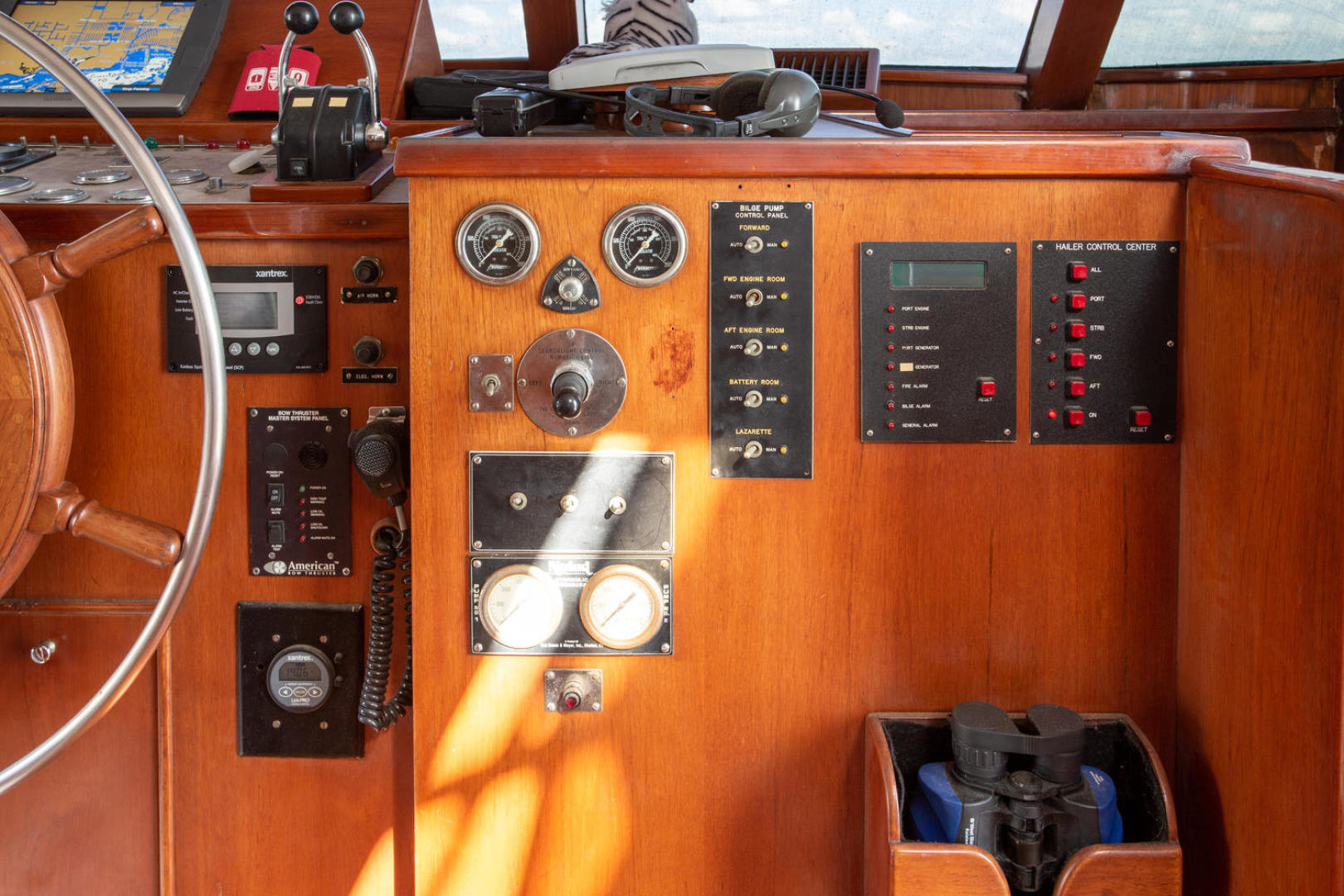Burger-81 CPMY 1978-High Mileage Cape Coral-Florida-United States-Pilothouse-1254548   Thumbnail