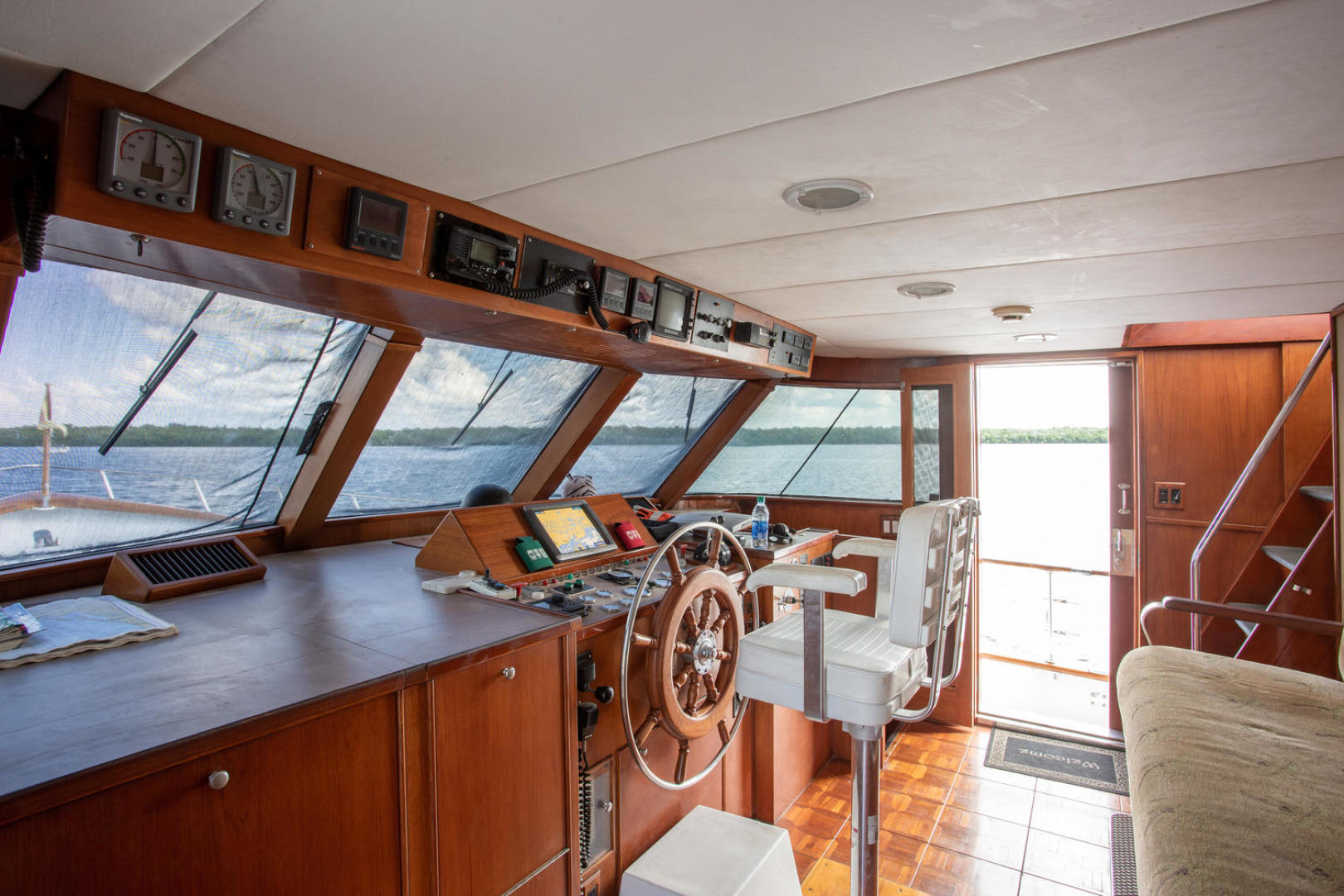 Burger-81 CPMY 1978-High Mileage Cape Coral-Florida-United States-Pilothouse-1254563   Thumbnail