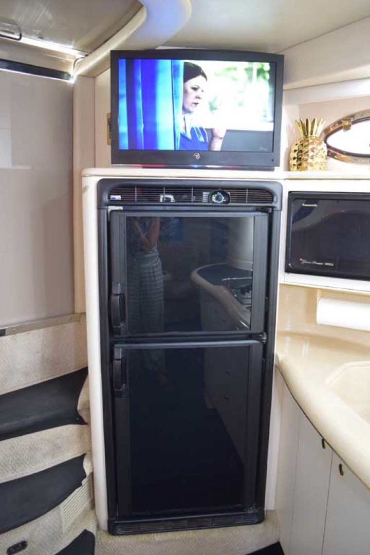 Sea Ray-400 Sundancer 1998-LEVELS Miami-Florida-United States-Galley Refrigerator-1283897 | Thumbnail