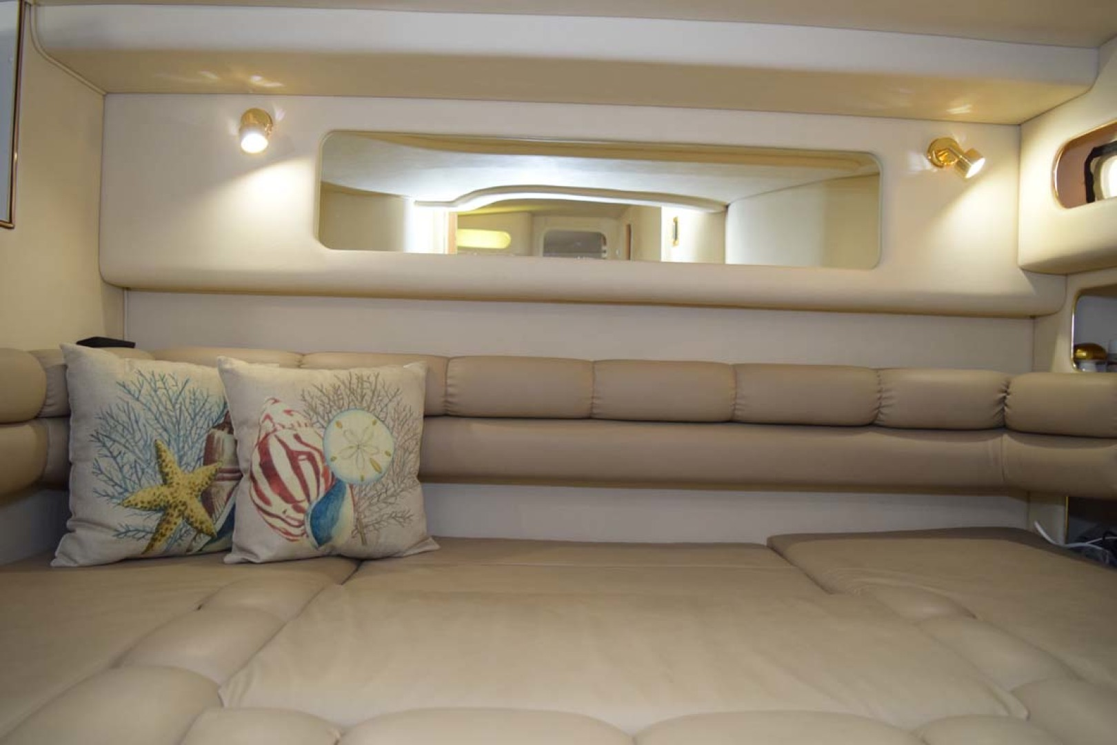 Sea Ray-400 Sundancer 1998-LEVELS Miami-Florida-United States-Guest Cabin-1283912 | Thumbnail