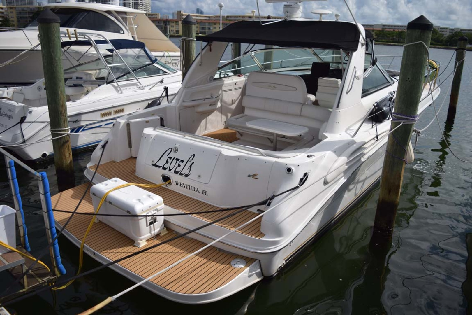 Sea Ray-400 Sundancer 1998-LEVELS Miami-Florida-United States-Starboard Aft View-1283926 | Thumbnail