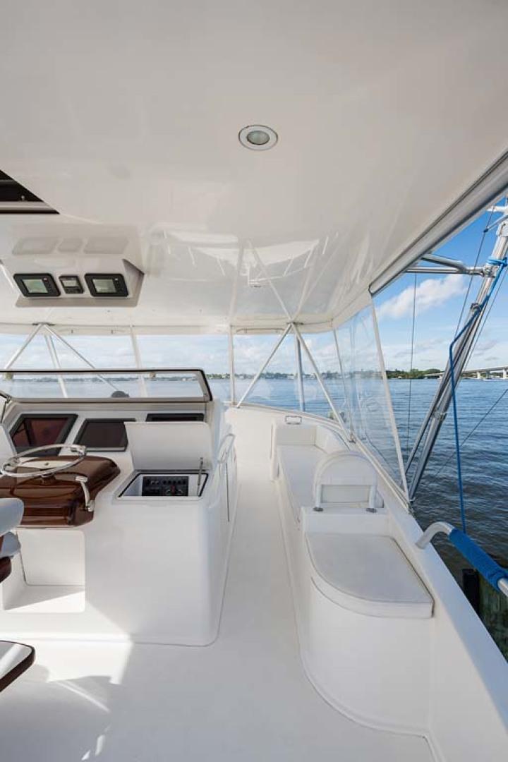 Viking-Sportfish 2007-Silver Fox Stuart-Florida-United States-Jump Seat w/ Custom Double-Sided Cushion-1255872   Thumbnail