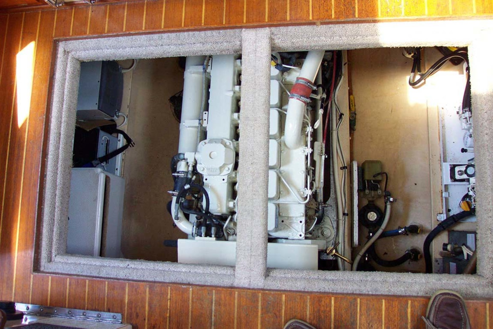 Nordic Tugs-32 with Upper Station 1997-Adriana Fort Myers Beach-Florida-United States-Engine Compartment In Pilothouse Sole-1266838 | Thumbnail