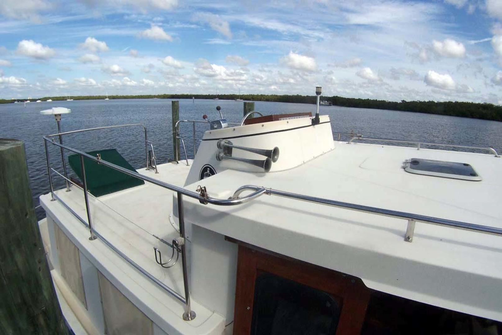 Nordic Tugs-32 with Upper Station 1997-Adriana Fort Myers Beach-Florida-United States-Flybridge Helm From Forward-1266856 | Thumbnail