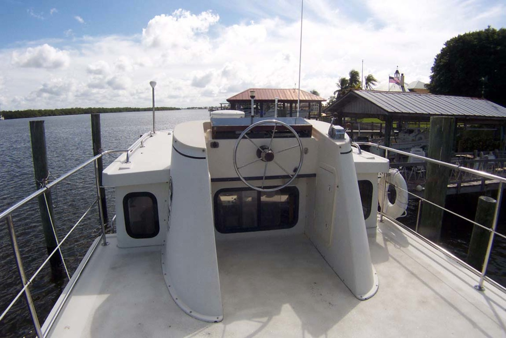 Nordic Tugs-32 with Upper Station 1997-Adriana Fort Myers Beach-Florida-United States-Flybridge Helm-1266851 | Thumbnail