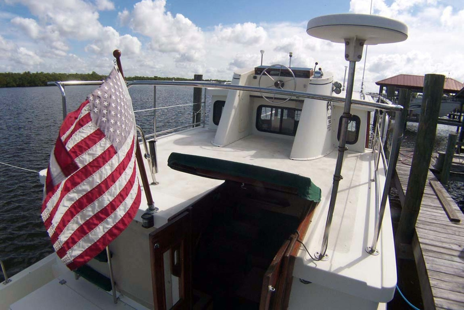 Nordic Tugs-32 with Upper Station 1997-Adriana Fort Myers Beach-Florida-United States-Flybridge Upper Deck-1266850 | Thumbnail