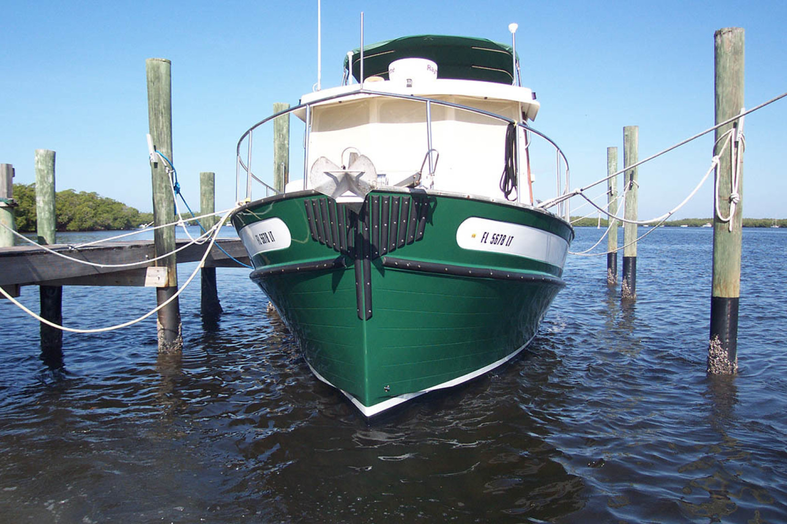 Nordic Tugs-32 with Upper Station 1997-Adriana Fort Myers Beach-Florida-United States-Bow View  New Paint-1511510 | Thumbnail