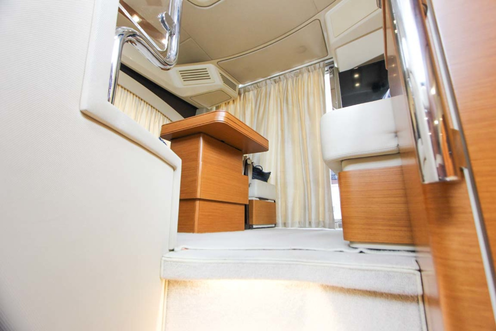 Azimut-45 Flybridge 2016 -Coral Gables-Florida-United States-Main Salon from Galley-1269389   Thumbnail