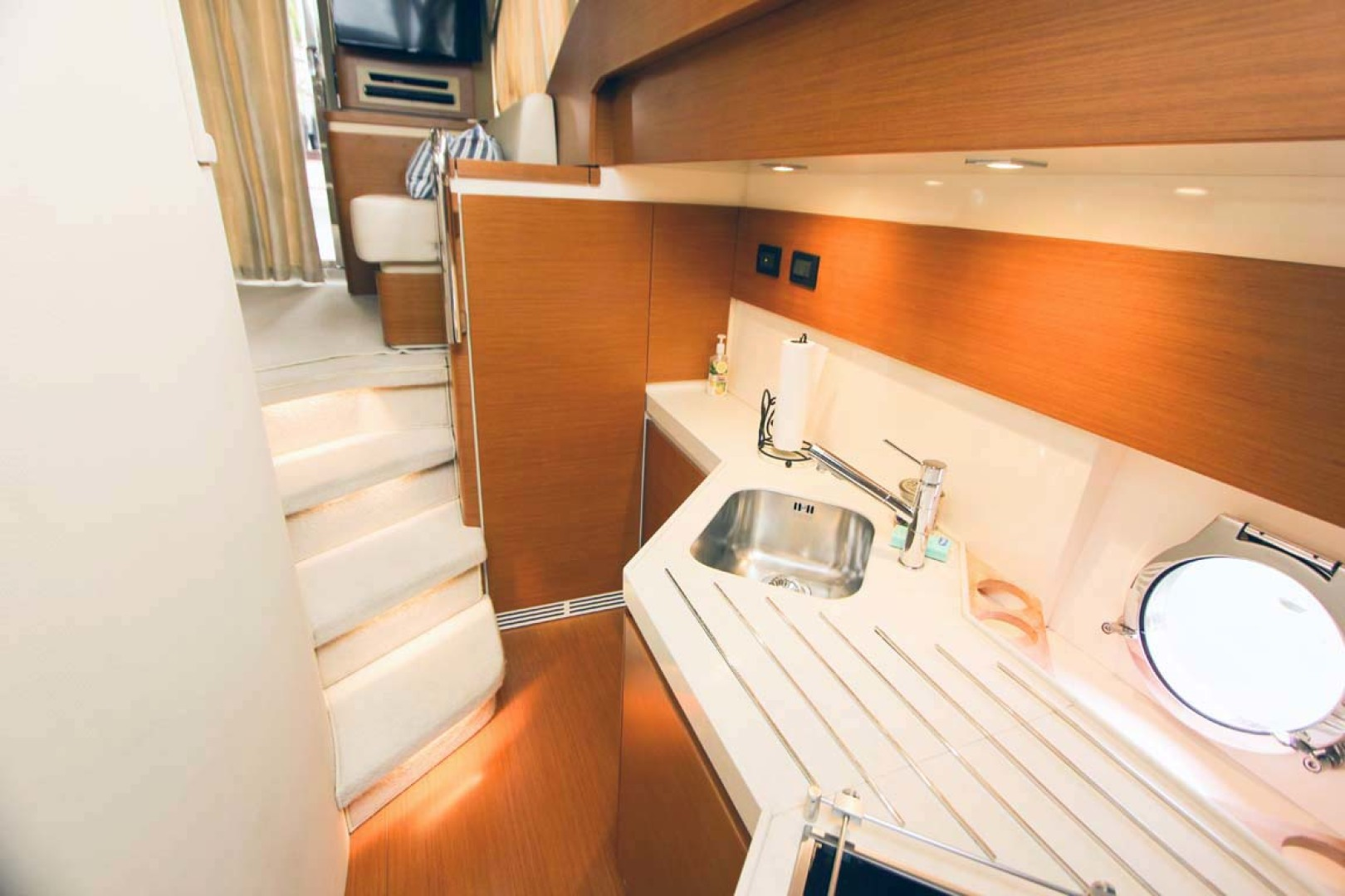 Azimut-45 Flybridge 2016 -Coral Gables-Florida-United States-Galley Down-1269390   Thumbnail