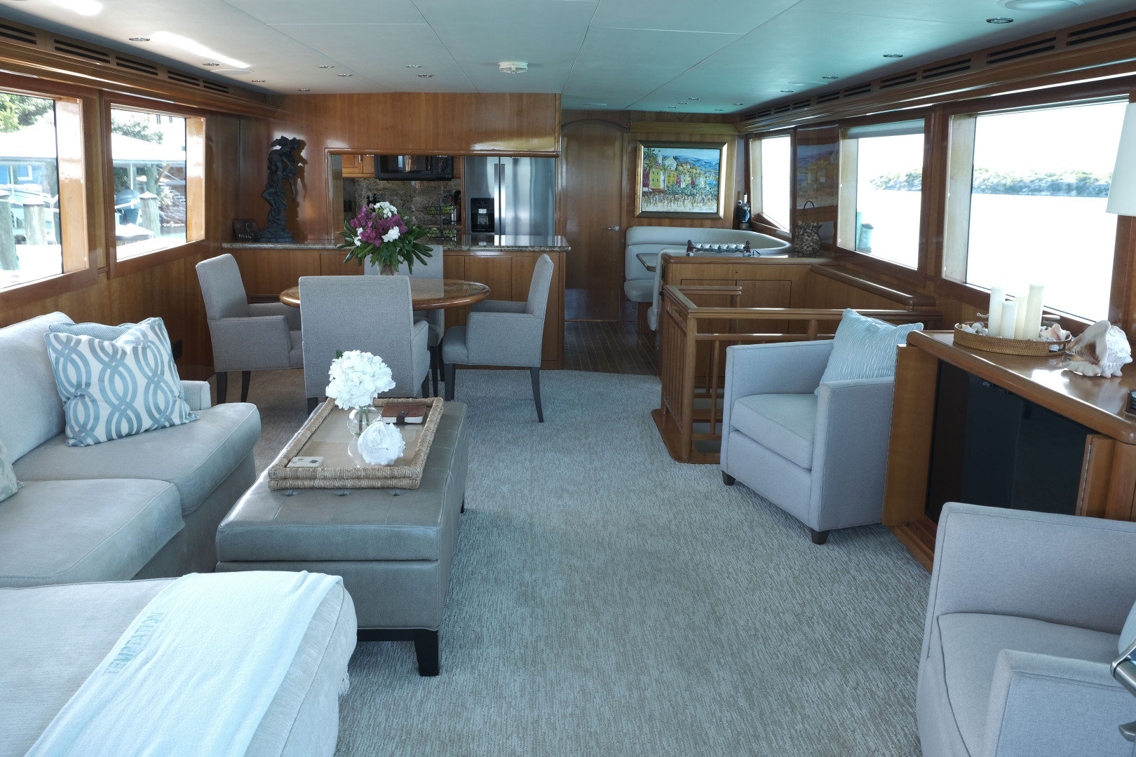 Picture Of: 75' Hatteras Sport Deck 2004 Yacht For Sale | 2 of 24