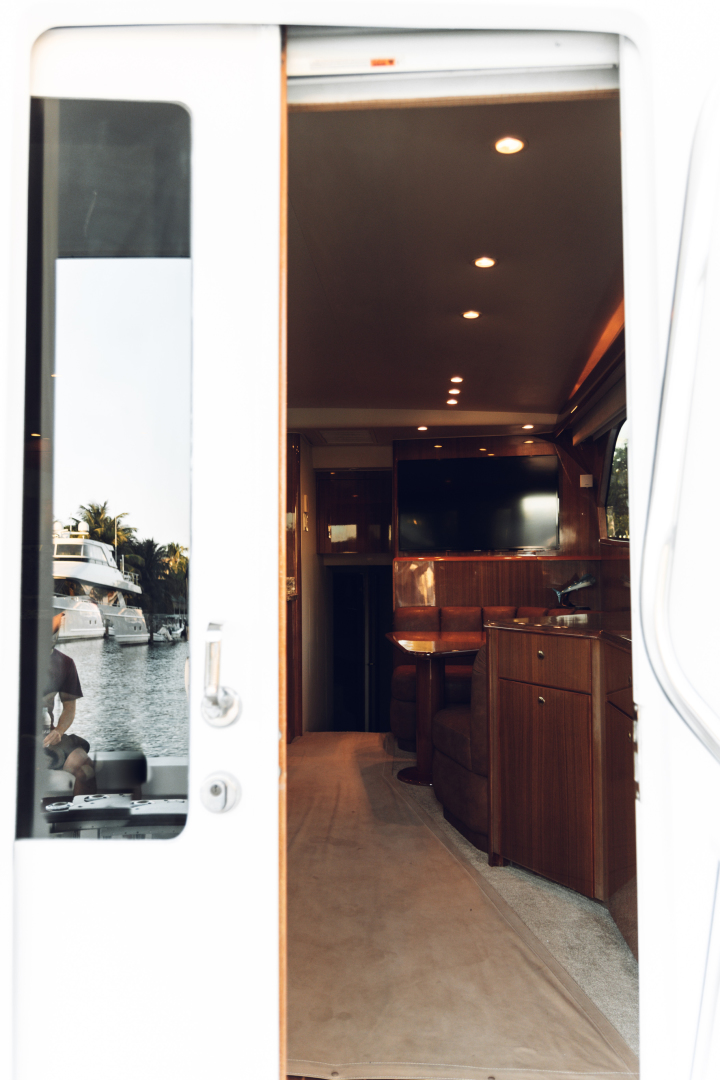 Picture Of: 52' Viking 52 Convertible 2005 Yacht For Sale | 2 of 46