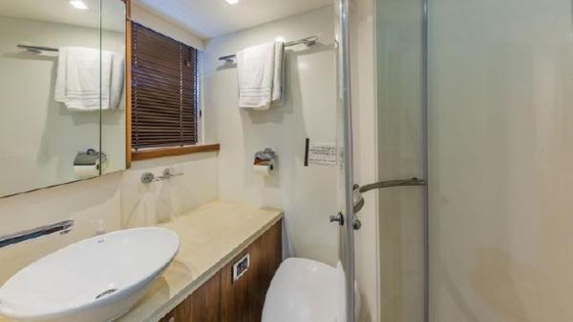62' Sunseeker, Listing Number 100845594, - Photo No. 17