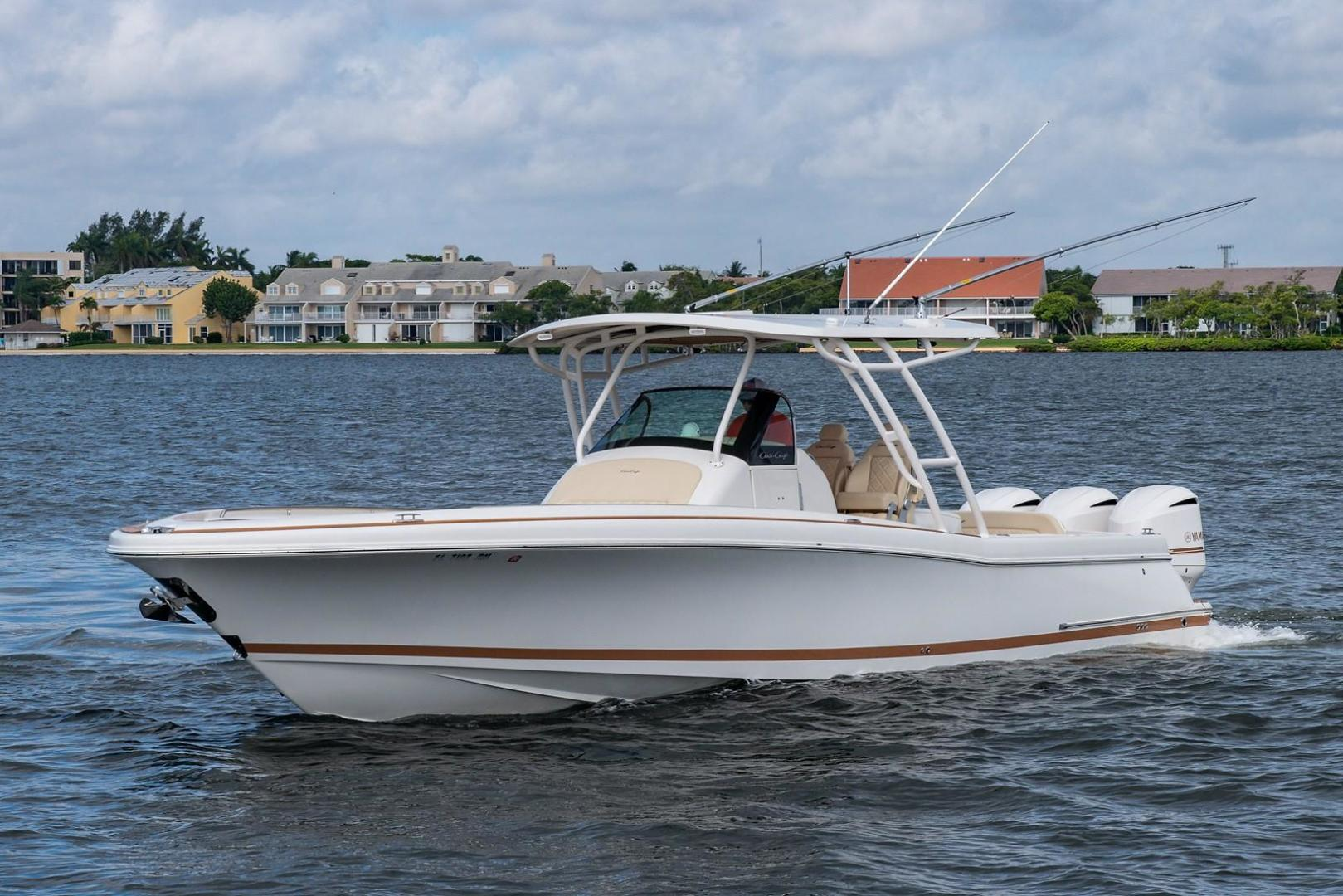 Picture Of: 34' Chris-Craft Catalina 34 2016 Yacht For Sale   2 of 61