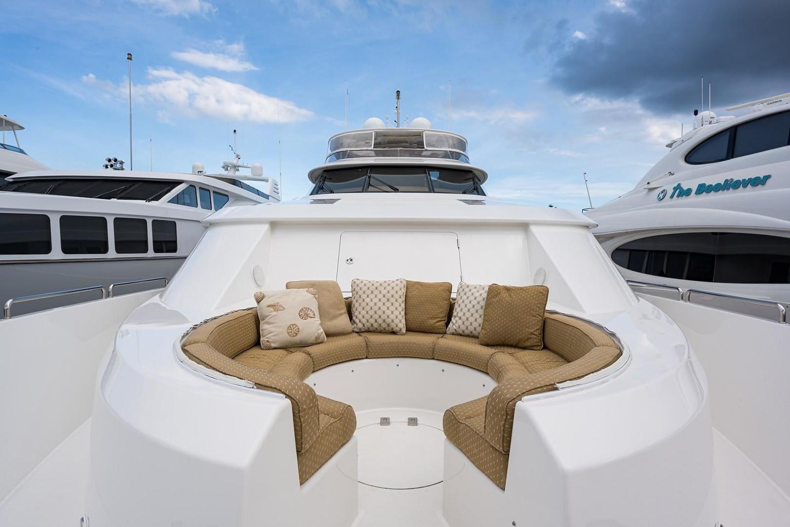 Westport-Motoryacht 2010-Cavallino Fort Lauderdale-Florida-United States-Bow/Keyhole Seating-1270111 | Thumbnail