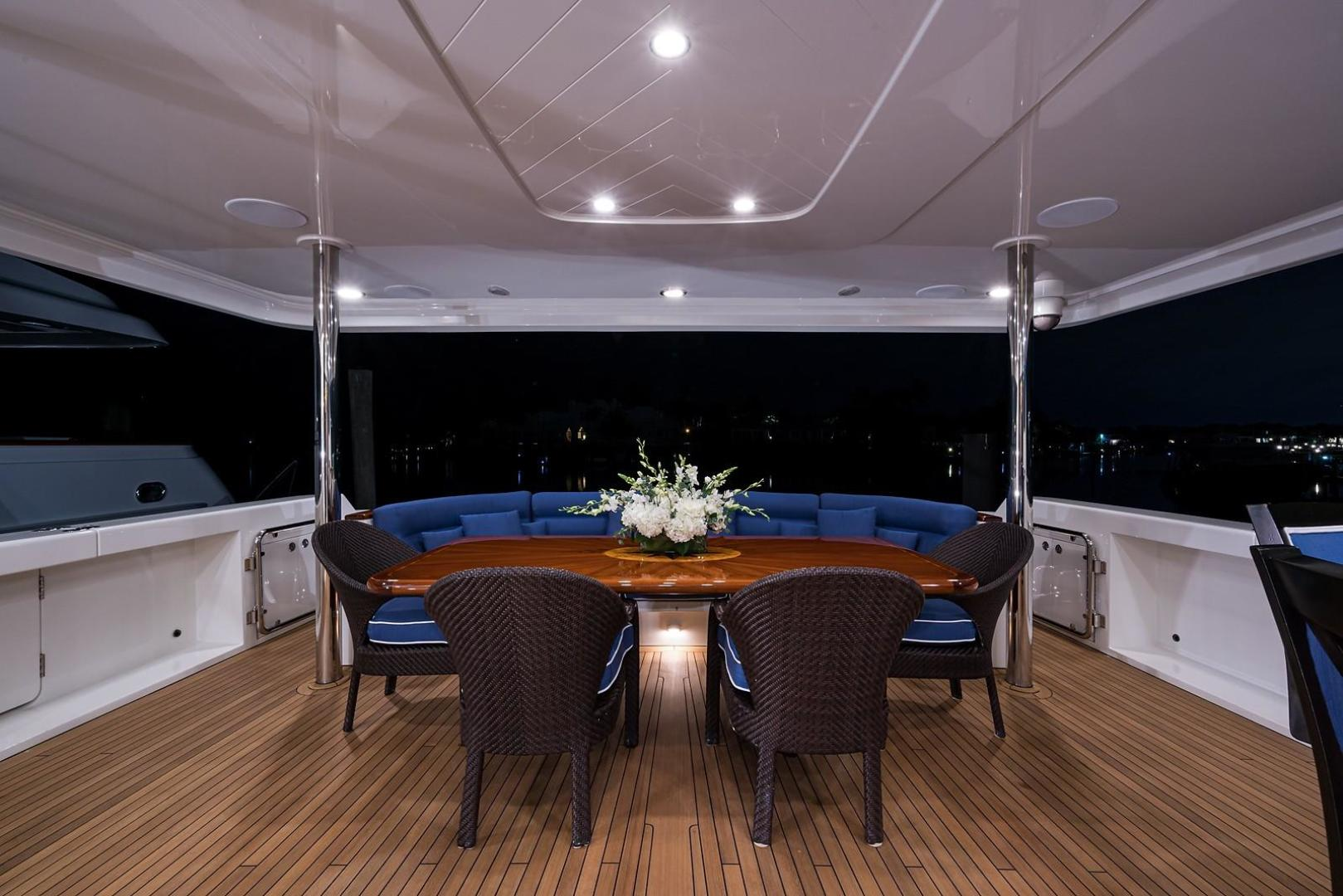 Westport-Motoryacht 2010-Cavallino Fort Lauderdale-Florida-United States-Aft Deck-1270042 | Thumbnail