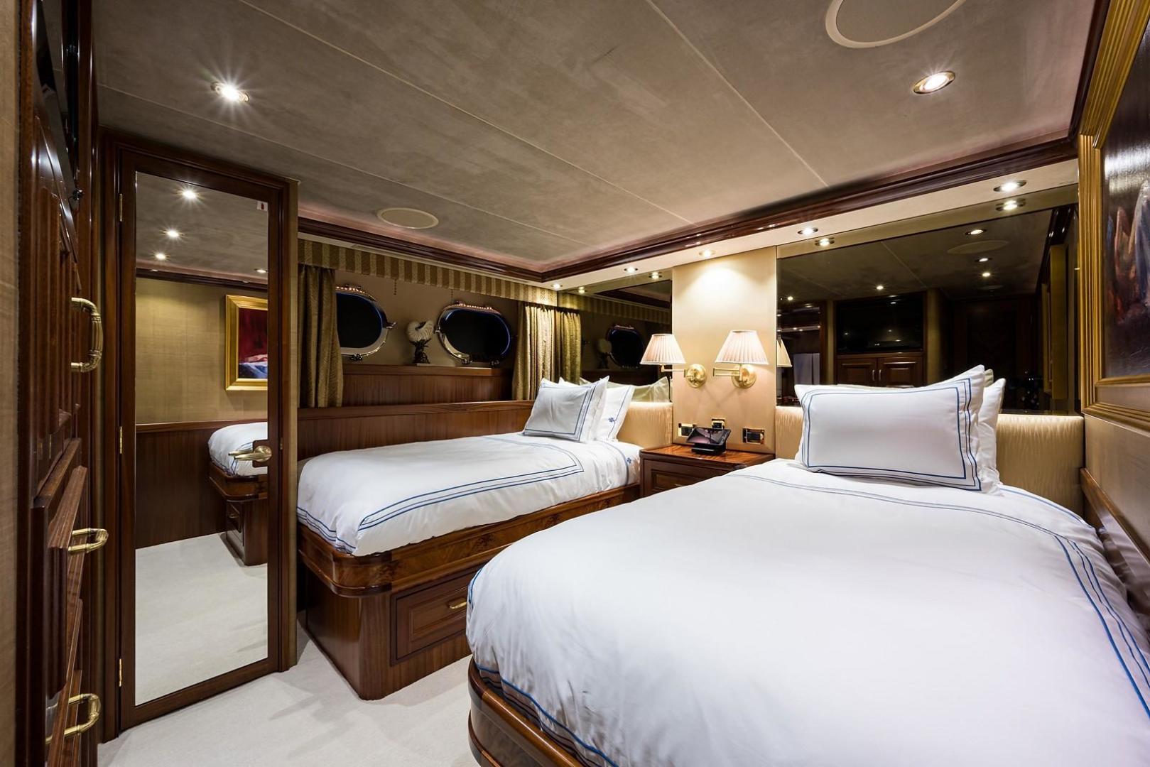 Westport-Motoryacht 2010-Cavallino Fort Lauderdale-Florida-United States-Guest Stateroom/Twin-1270105 | Thumbnail