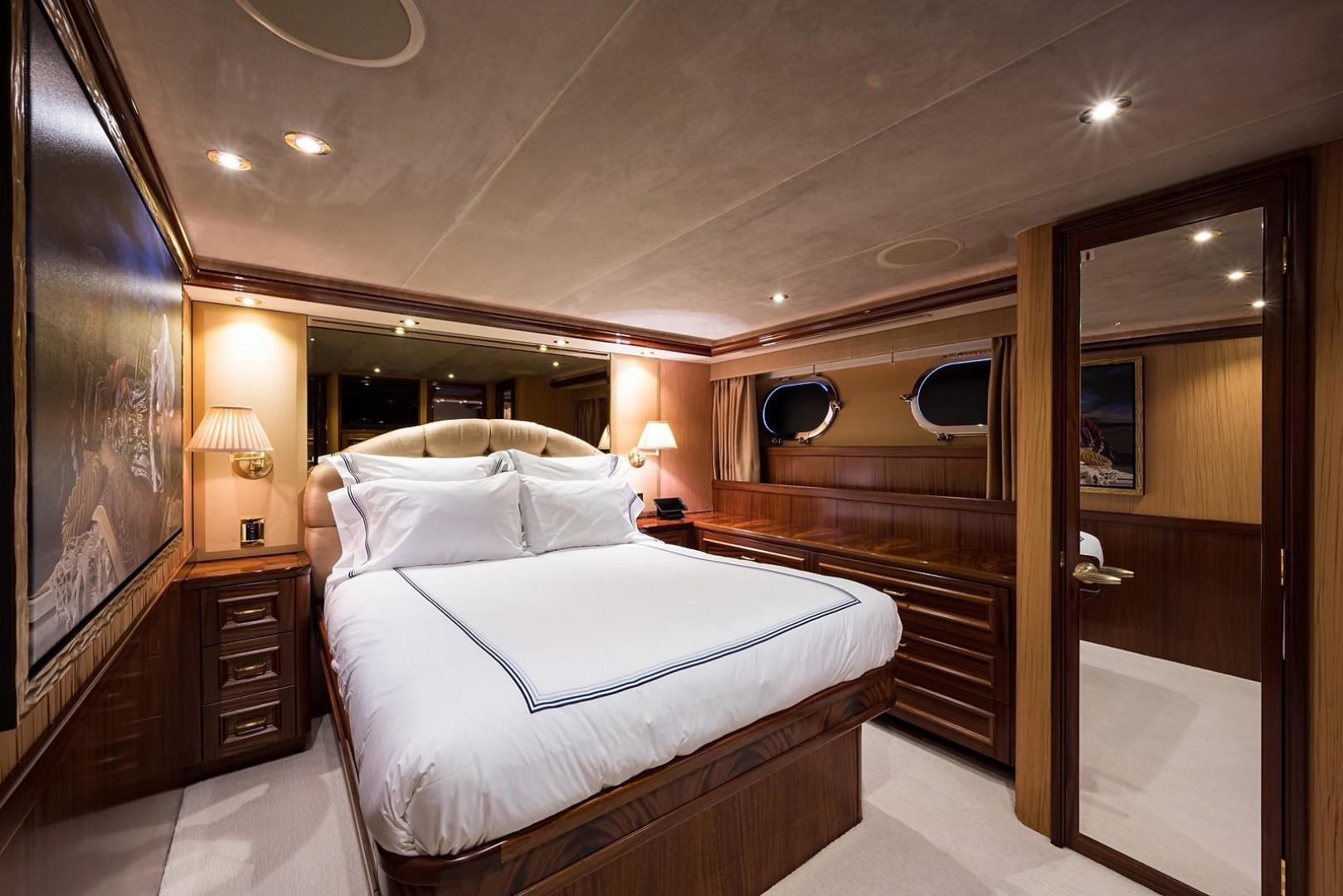 Westport-Motoryacht 2010-Cavallino Fort Lauderdale-Florida-United States-Guest Stateroom/Port-1270102 | Thumbnail