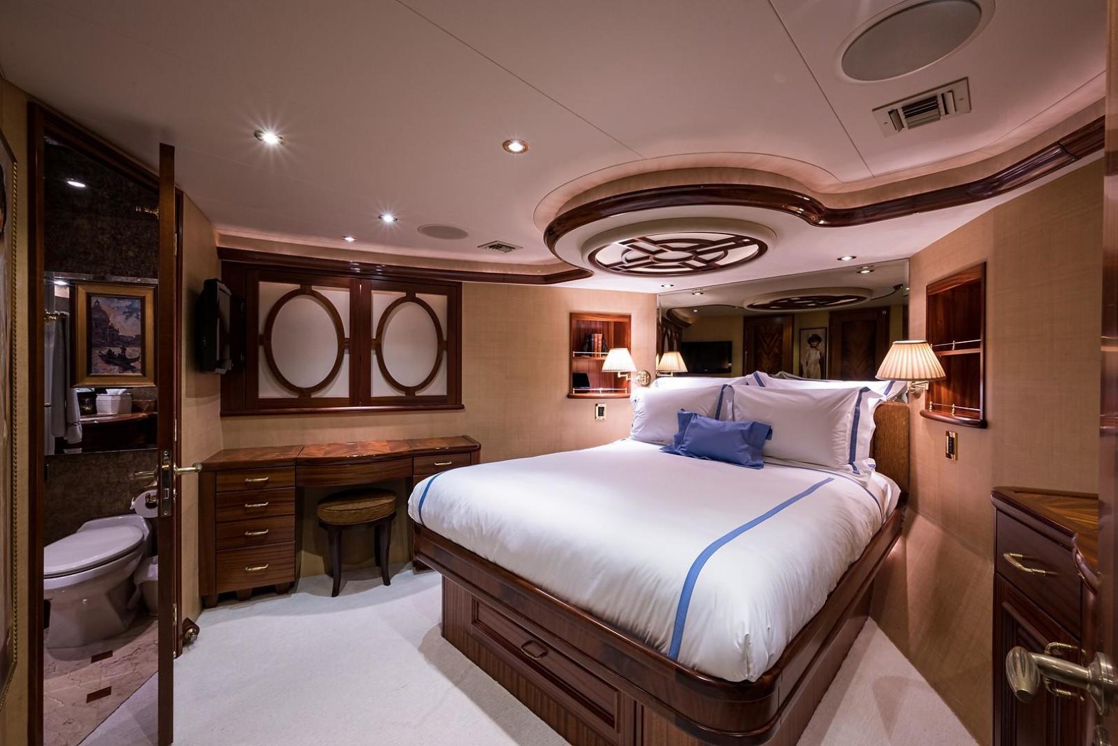Westport-Motoryacht 2010-Cavallino Fort Lauderdale-Florida-United States-VIP Stateroom-1270097 | Thumbnail