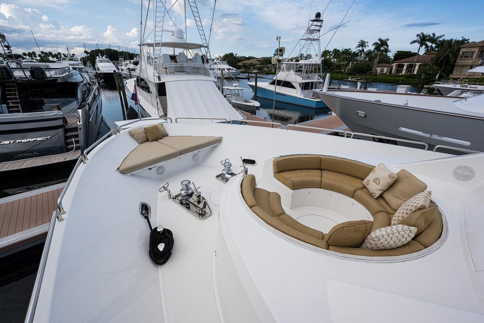 Westport-Motoryacht 2010-Cavallino Fort Lauderdale-Florida-United States-Bow-1270110 | Thumbnail