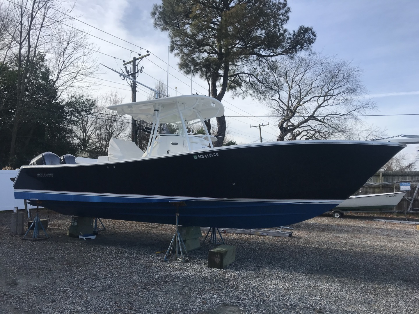 Miss Katie is a Regulator 32FS Yacht For Sale in Hampton--0