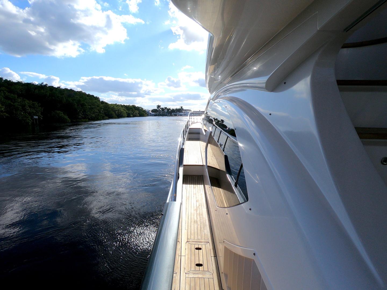 Azimut-70 Flybridge 2012-BT 2 Fort Lauderdale-Florida-United States-1274944 | Thumbnail