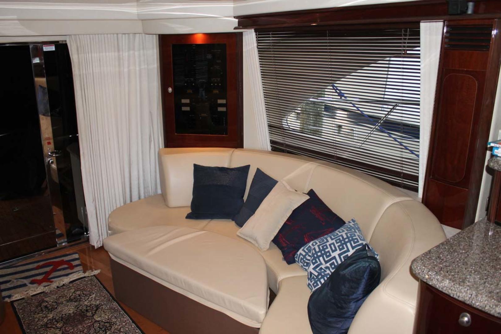 Sea Ray-58 Sedan Bridge 2008-ANANDI Chesapeake City-Maryland-United States-Salon Seating-1274100 | Thumbnail