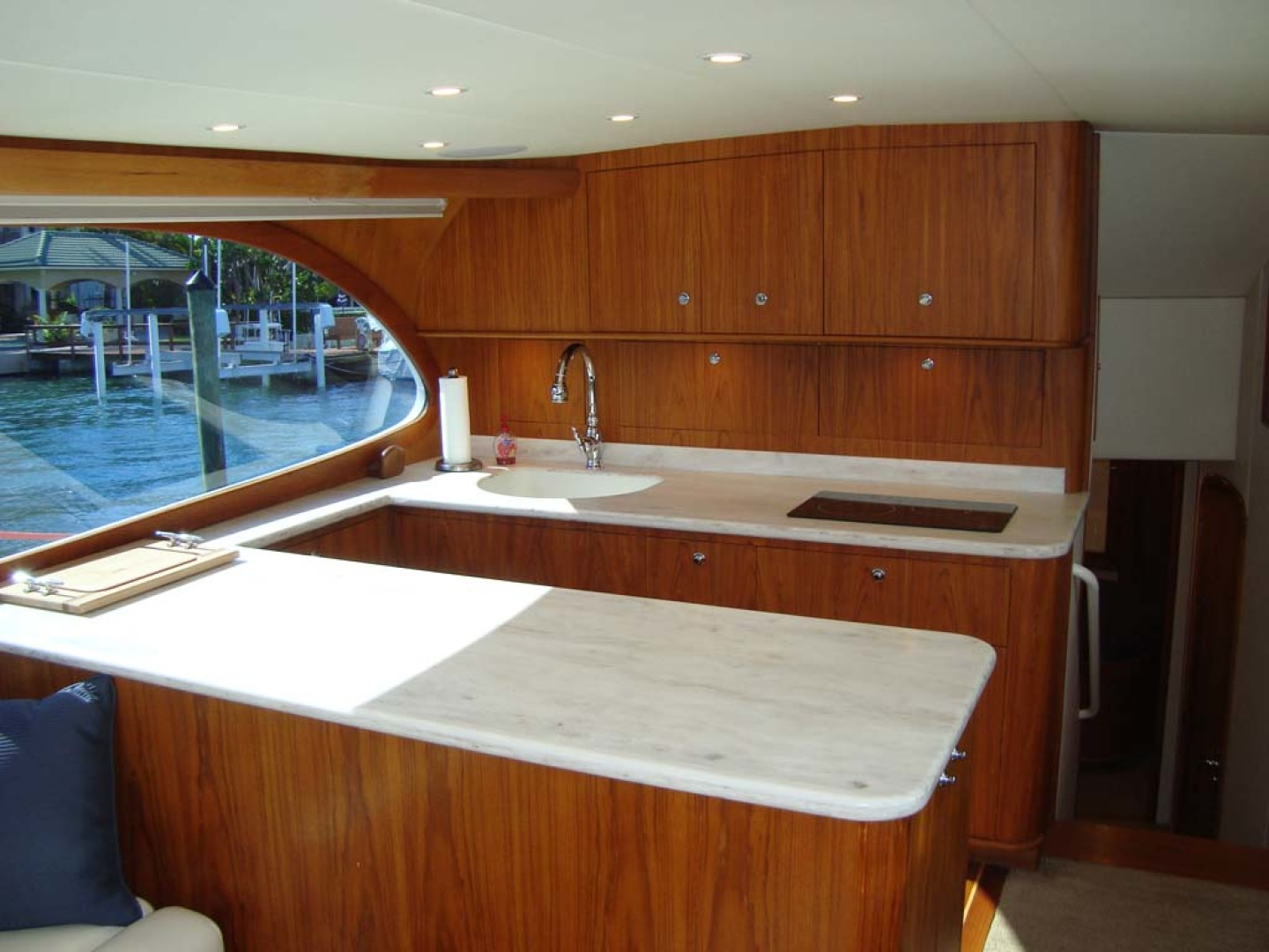 Spencer-Sportfish 2013-Fire Escape Pompano Beach-Florida-United States-U-shaped Galley to port-1274271 | Thumbnail