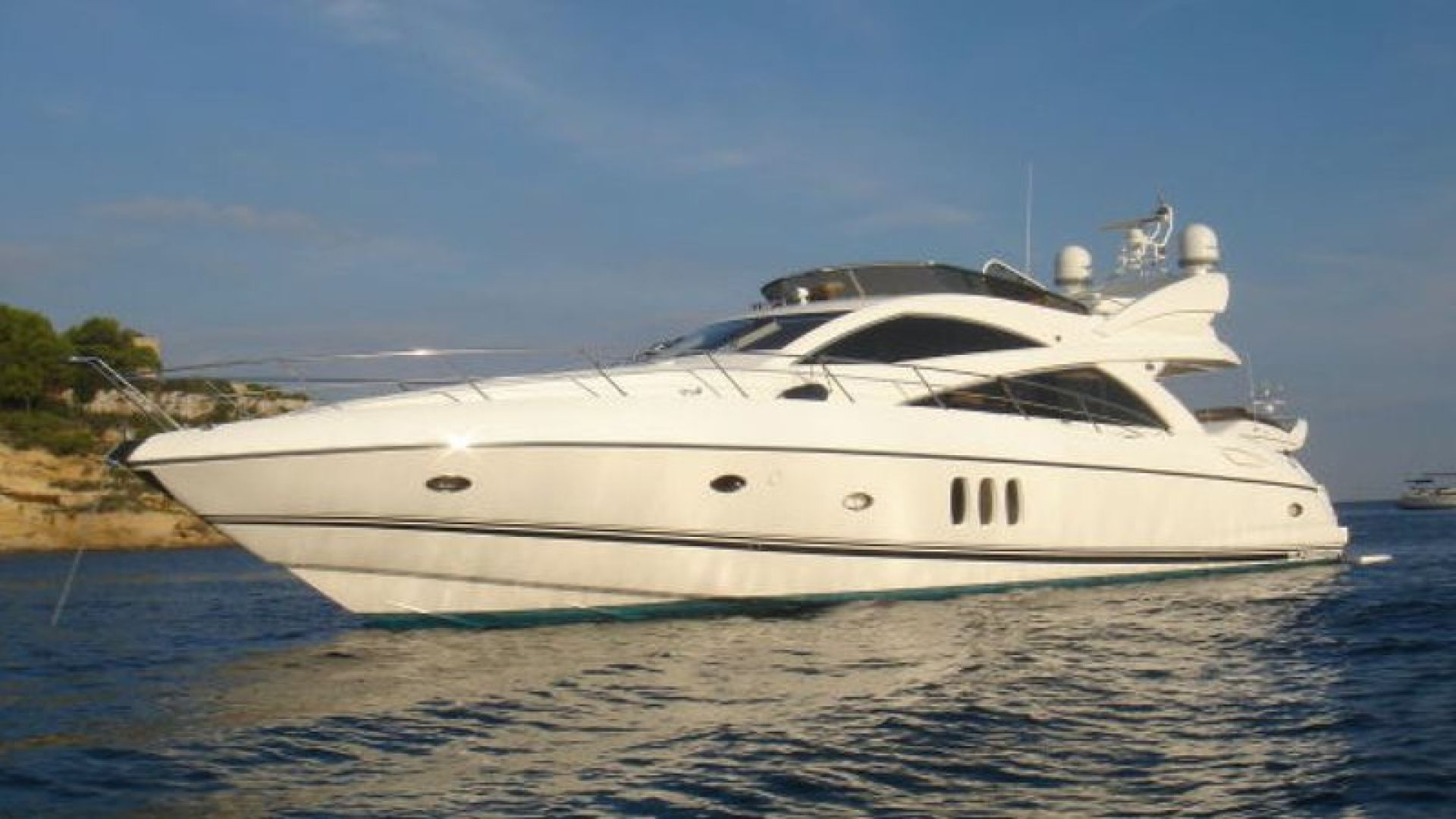 Picture Of: 72' Sunseeker Manhattan 2006 Yacht For Sale | 1 of 16