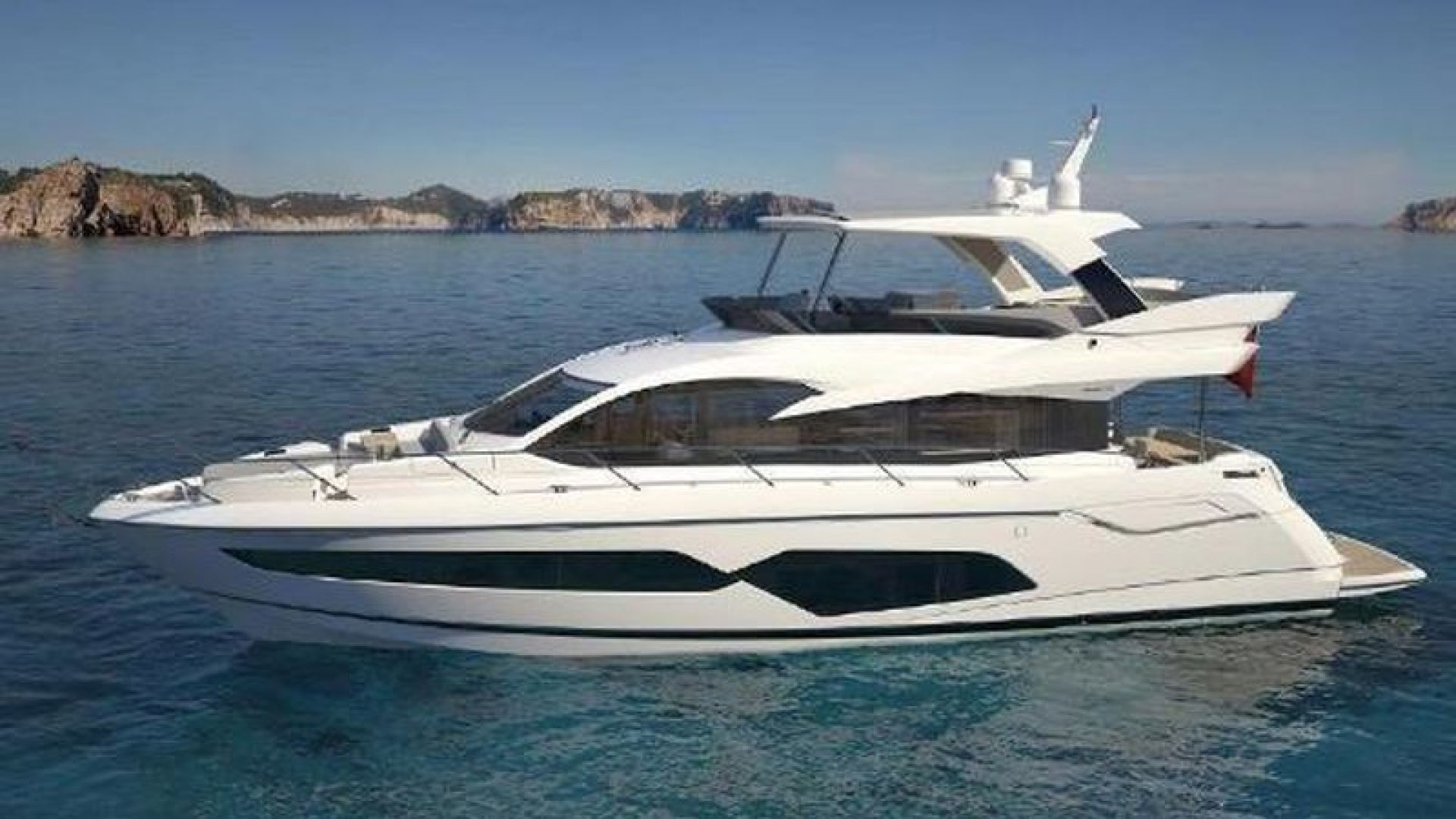 Picture Of: 68' Sunseeker Manhattan 2019 Yacht For Sale | 1 of 15