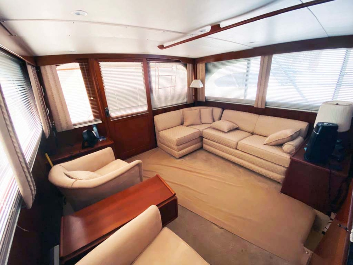 Post-Convertible 1987-Sensation Cape May-New Jersey-United States-Main Salon Looking Aft-1275321 | Thumbnail