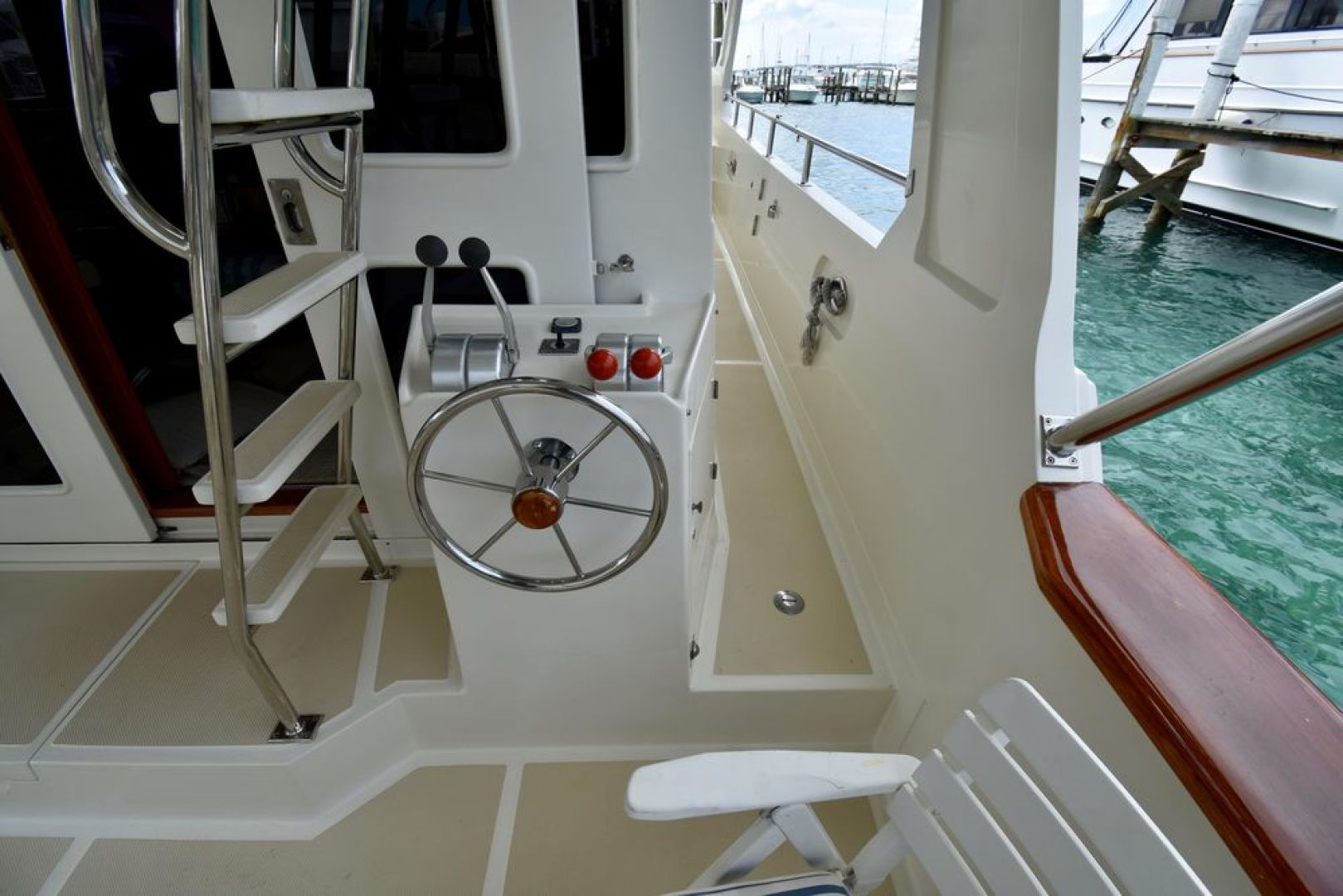 Offshore Yachts-Pilot House 2000-Six C One II Nassau-Bahamas-1275732 | Thumbnail