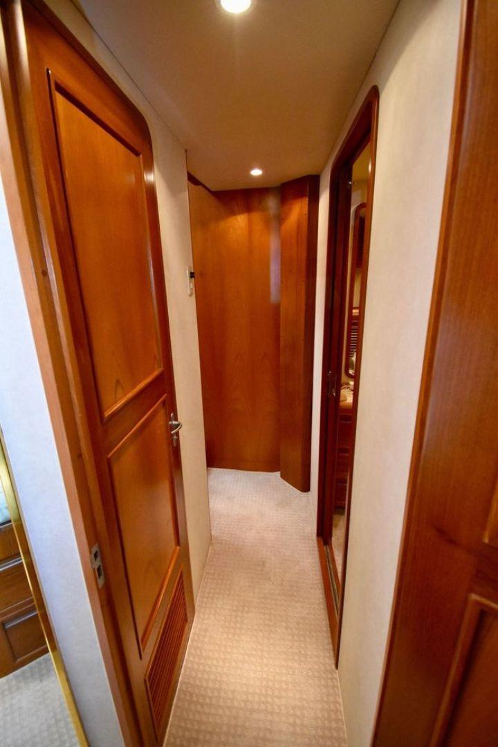 Offshore Yachts-Pilot House 2000-Six C One II Nassau-Bahamas-1275750 | Thumbnail