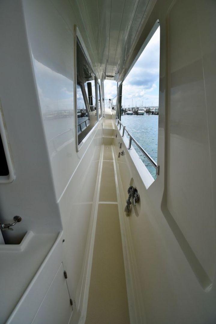Offshore Yachts-Pilot House 2000-Six C One II Nassau-Bahamas-1275718 | Thumbnail