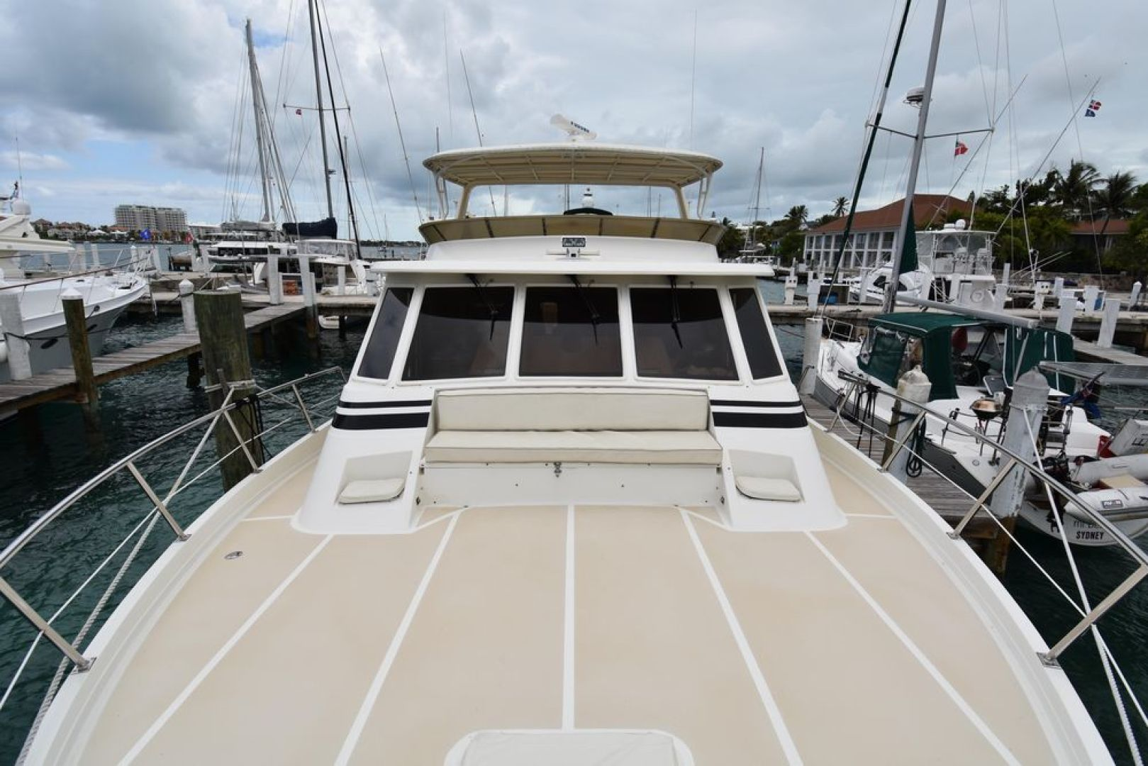 Offshore Yachts-Pilot House 2000-Six C One II Nassau-Bahamas-1275717 | Thumbnail