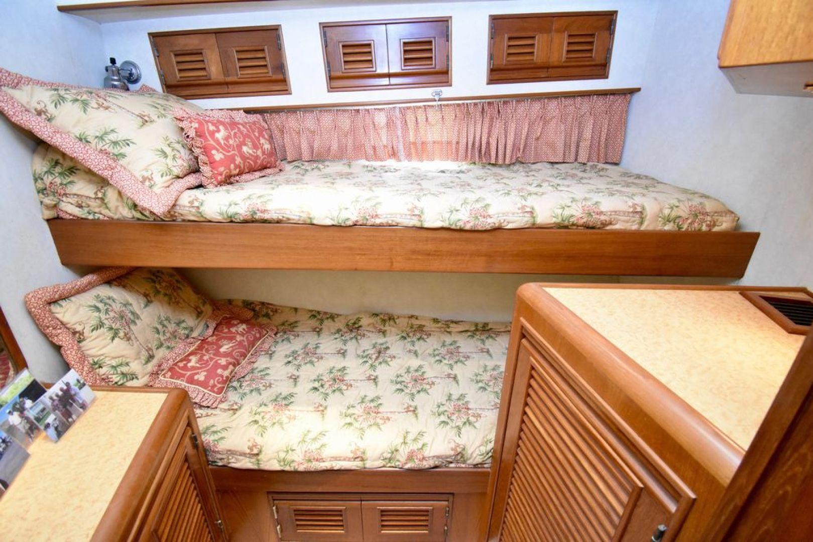 Offshore Yachts-Pilot House 2000-Six C One II Nassau-Bahamas-1275752 | Thumbnail