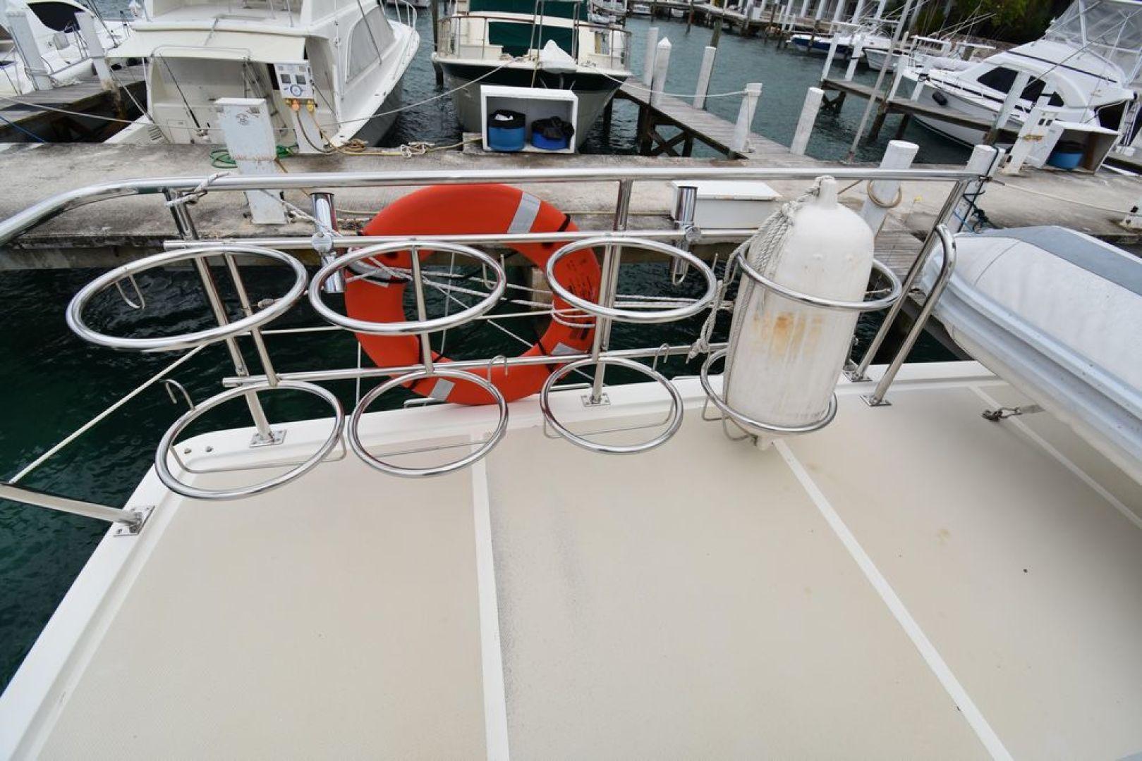 Offshore Yachts-Pilot House 2000-Six C One II Nassau-Bahamas-1275730 | Thumbnail