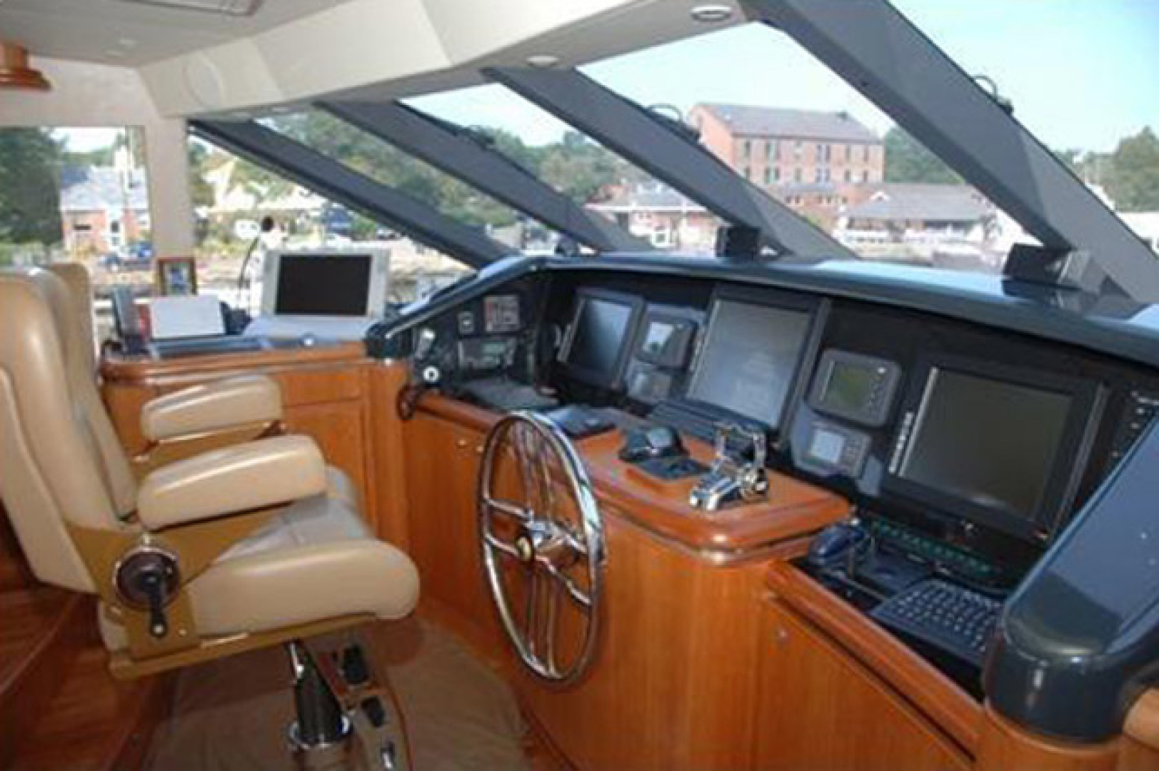 West Bay-Custom Enclosed Bridge 2005-Dream Weaver North Palm Beach-Florida-United States-Helm-1276200 | Thumbnail
