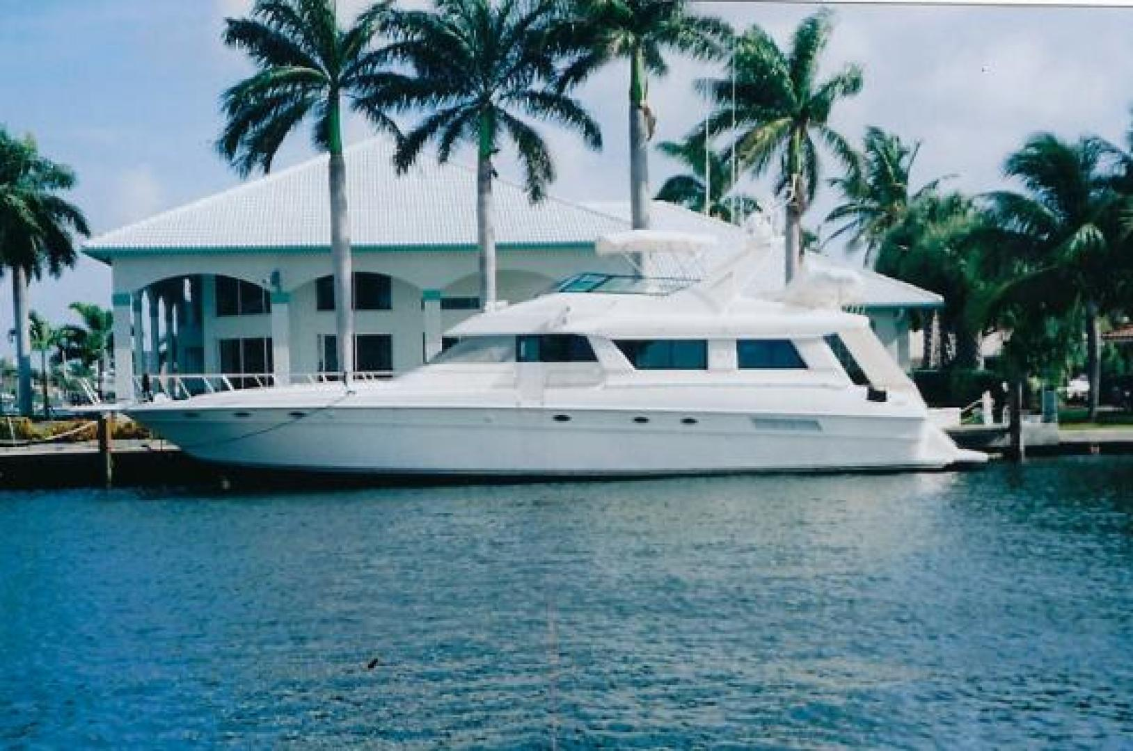 Picture Of: 65' Sea Ray 650 Cockpit Motor Yacht 1994 Yacht For Sale | 1 of 22