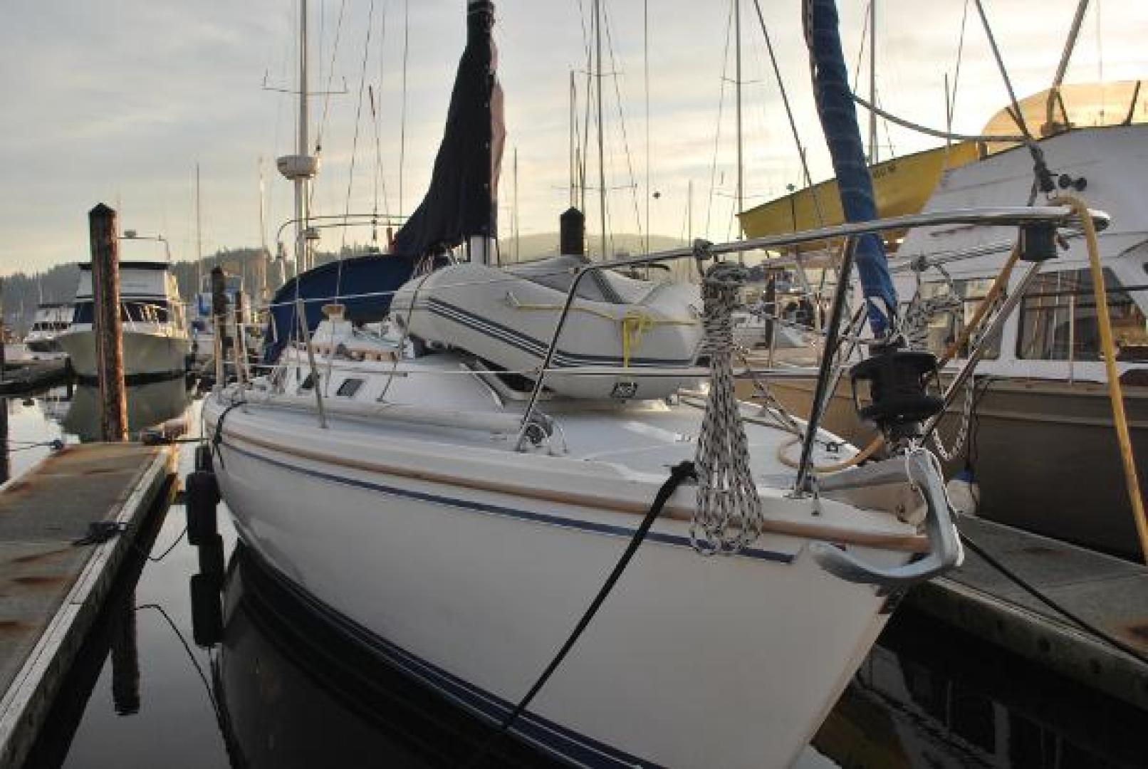 Picture Of: 36' Catalina 36 MK I 1989 Yacht For Sale | 2 of 22