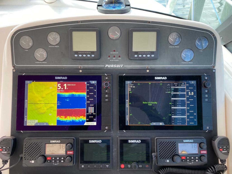 Pursuit-3800 Express 2002-Going Deep Destin-Florida-United States-Helm Electronics-1276709 | Thumbnail