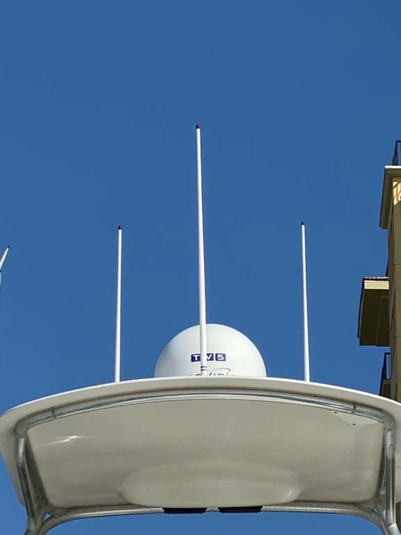 Pursuit-3800 Express 2002-Going Deep Destin-Florida-United States-Tower Hardtop-1276704 | Thumbnail