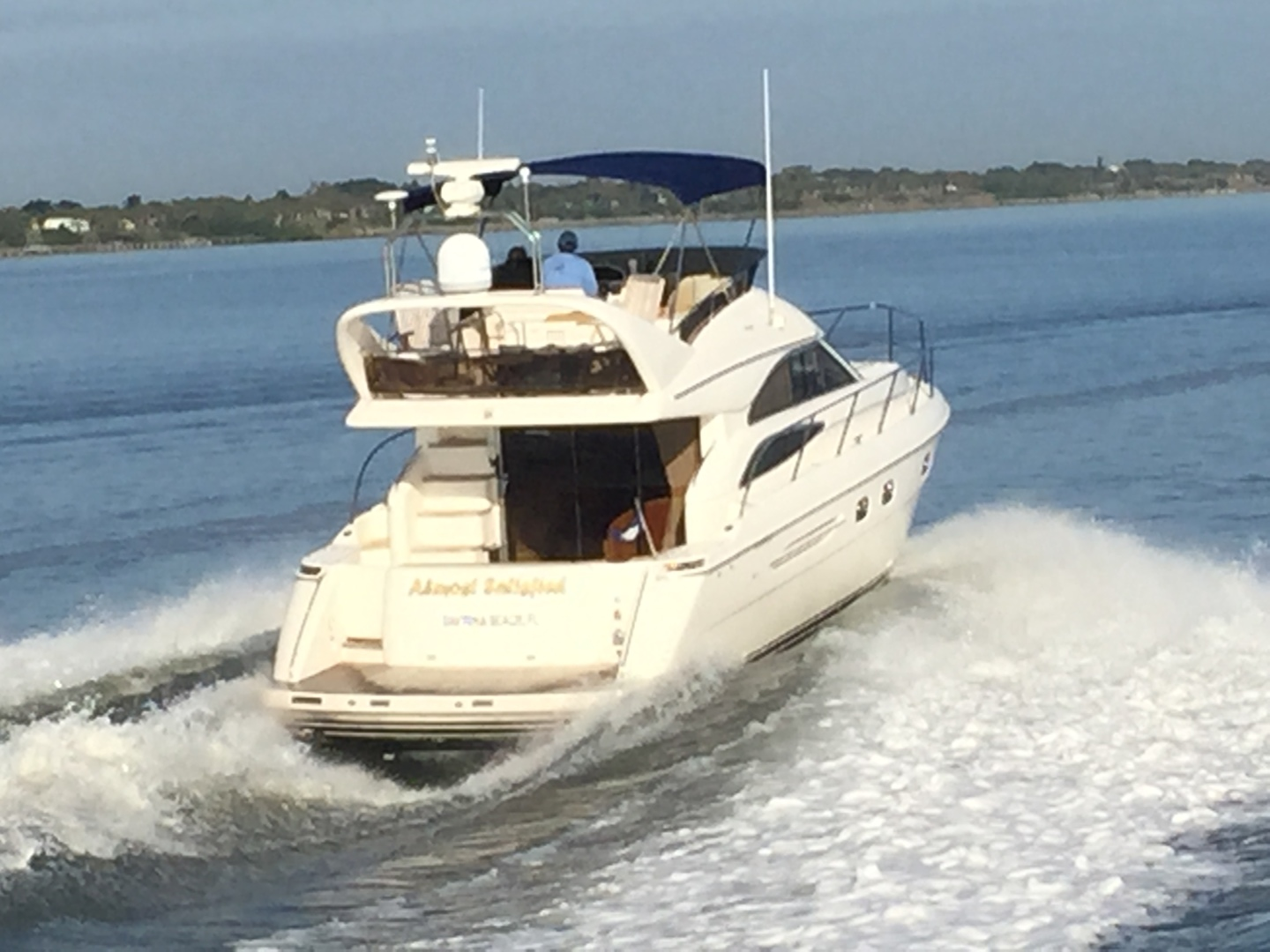 Picture Of: 45' Viking Sport Cruisers 45 Flybridge 2001 Yacht For Sale | 2 of 73