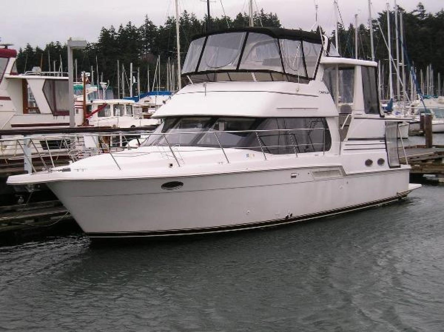 Picture Of: 43' Carver 404 Cockpit Motor Yacht 2000 Yacht For Sale | 1 of 12