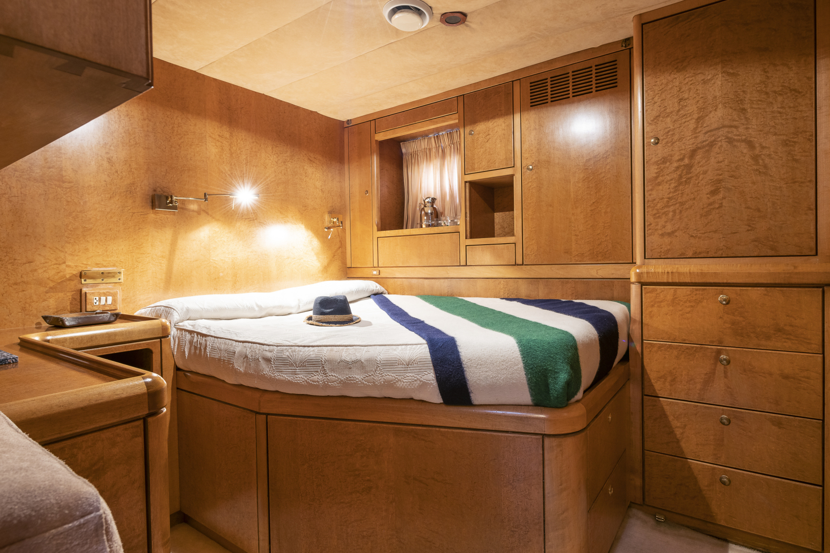 Other-Southampton Yacht Services  Tony Castro 1992-Rocio Spain-1352297 | Thumbnail