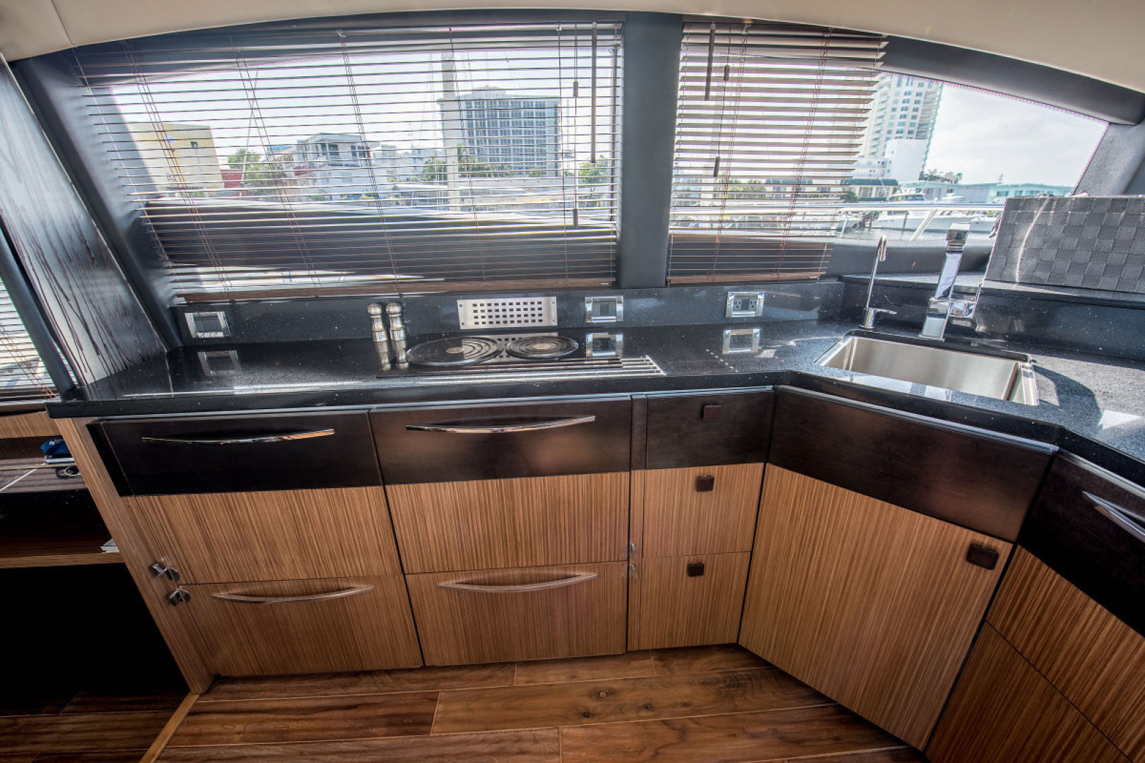 Sea Ray-L590 Fly 2016-2016 Sea Ray L590 Fly Ft. Lauderdale-Florida-United States-1284625 | Thumbnail