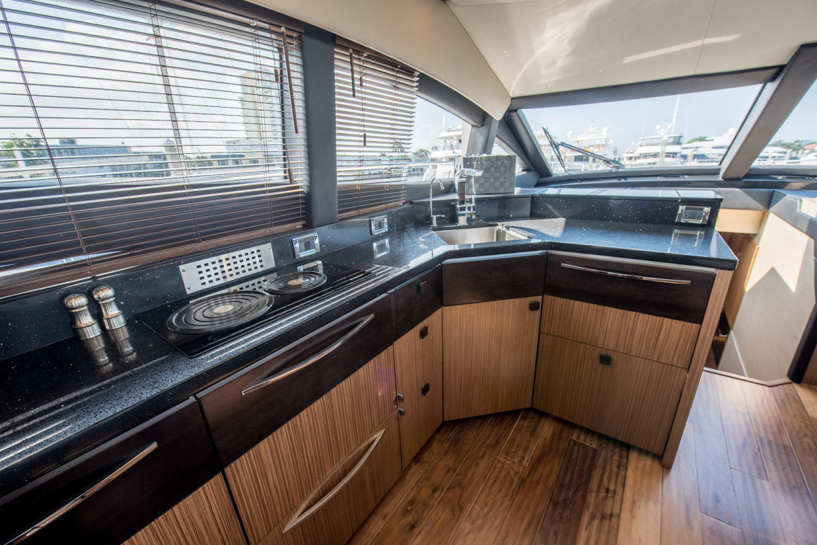 Sea Ray-L590 Fly 2016-2016 Sea Ray L590 Fly Ft. Lauderdale-Florida-United States-1284626 | Thumbnail