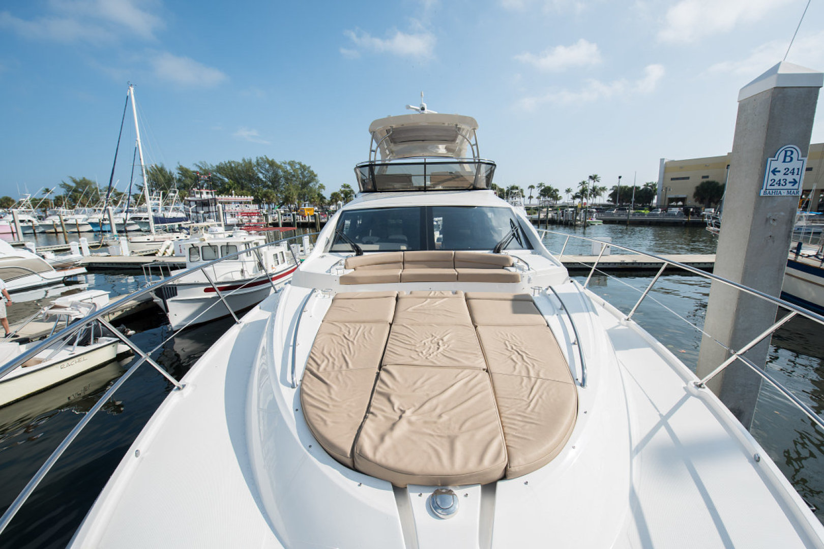 Sea Ray-L590 Fly 2016-2016 Sea Ray L590 Fly Ft. Lauderdale-Florida-United States-1284619 | Thumbnail