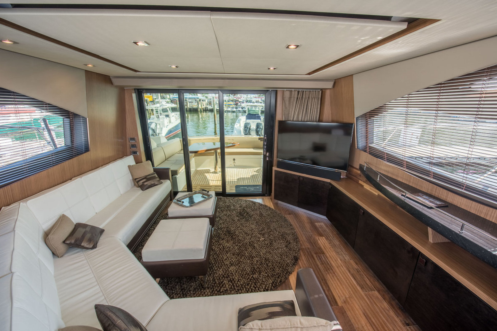 Sea Ray-L590 Fly 2016-2016 Sea Ray L590 Fly Ft. Lauderdale-Florida-United States-1284622 | Thumbnail