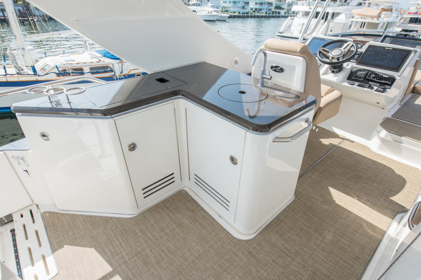 Sea Ray-L590 Fly 2016-2016 Sea Ray L590 Fly Ft. Lauderdale-Florida-United States-1284613 | Thumbnail