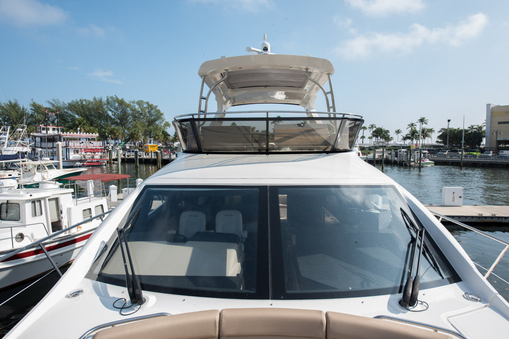 Sea Ray-L590 Fly 2016-2016 Sea Ray L590 Fly Ft. Lauderdale-Florida-United States-1284616 | Thumbnail